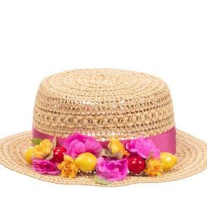 Girls beige hat,NWT